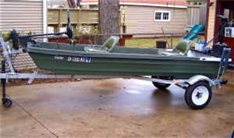 Jon Boat Trailers For Sale Craigslist by 20002 Pelican Gator Jon Boat With Trailer 1200 00