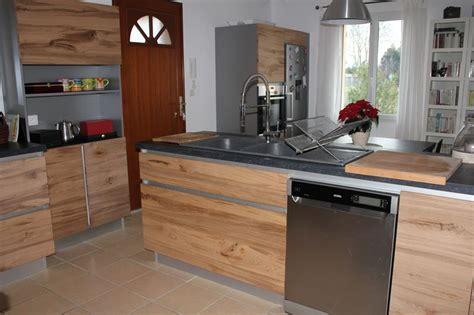 cuisine chene clair contemporaine cuisiniste à maillane 13 cuisine moderne en chêne