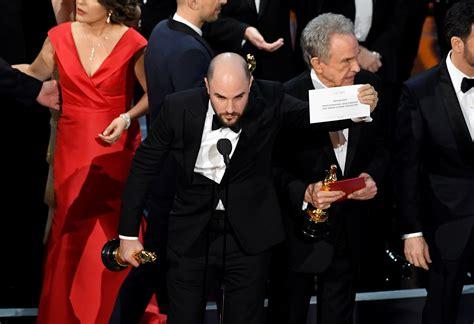 oscar 2017 bester moonlight wins best picture after 2017 oscars envelope