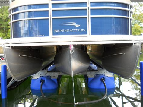 Boat Hoist Accessories by Hydrohoist Boat Lift With Bennington Pontoon Boat Boat Lift