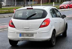 Opel Corsa Neuwagen : spyshots 2014 opel corsa facelift interior new dash and ~ Kayakingforconservation.com Haus und Dekorationen