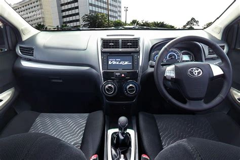 Review Toyota Avanza Veloz by Review Toyota Avanza Veloz 2017