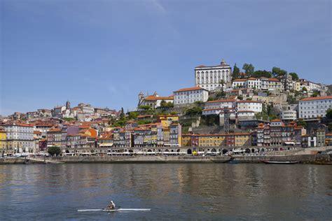 File:Cais da Ribeira, Oporto, Portugal, 2012-05-09, DD 23 ...