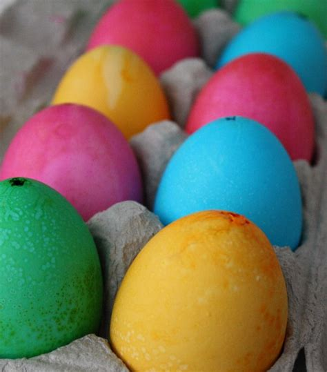 dye eggs with food coloring how to dye eggs with food coloring skip to my lou skip to my lou