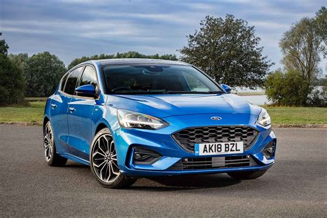 Ford Focus St-line 1.5 Ecoblue 120 2018 Review