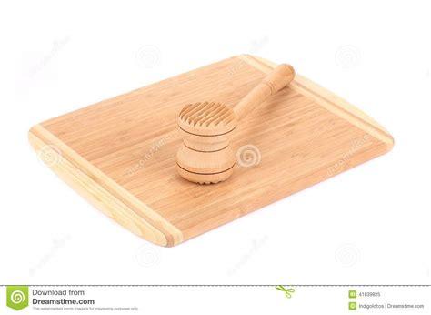 marteau cuisine marteau en bois de viande sur le panneau de cuisine photo