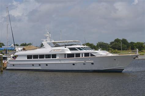 hatteras raised pilothouse power boat  sale www