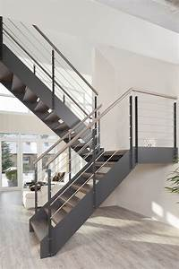 Stahltreppe Mit Holzstufen : die besten 10 stahlwangentreppe ideen auf pinterest stahltreppe innen metalltreppe und ~ Orissabook.com Haus und Dekorationen