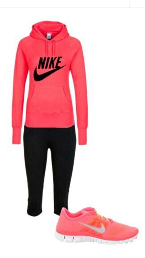 1000+ images about Tracksuits on Pinterest | Run dmc Black gold and Sweatpants