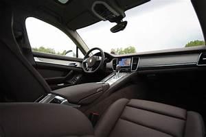Porsche Panamera Hybride : rijtest en video porsche panamera s hybrid ~ Medecine-chirurgie-esthetiques.com Avis de Voitures