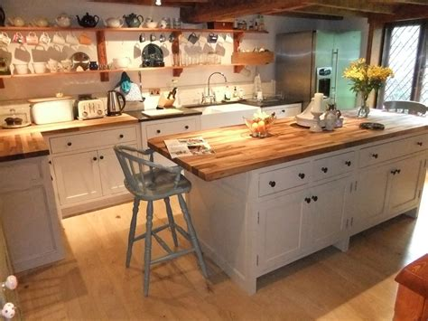 country kitchens with islands freestanding kitchen furniture cupboard units unfitted