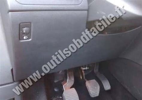 obd connector location  peugeot