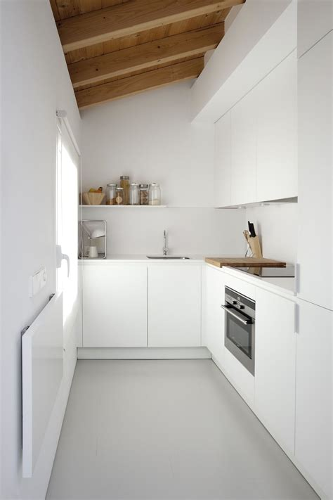 Plānojot jaunu virtuves mēbeļu iegādi, piemērotas krāsu ...