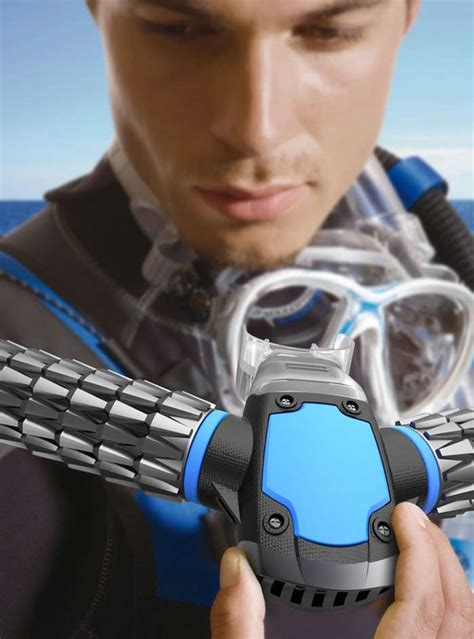 Triton small Oxygen Mask for Diving | wordlessTech