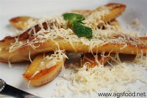 Berikut ini kami sajikan beberapa resep aneka pisang goreng, yang tentunya sangat. resep menarik utuk dicoba: resep makanan pisang kukus keju karamel