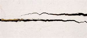 Reparer Grosse Fissure Mur Exterieur : r parer une fissure dans un mur de cloison ~ Melissatoandfro.com Idées de Décoration