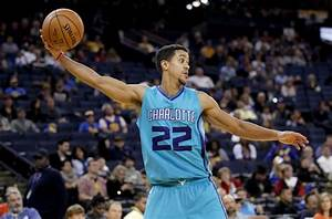 Blazers acquire Brian Roberts and 2nd round pick from ...