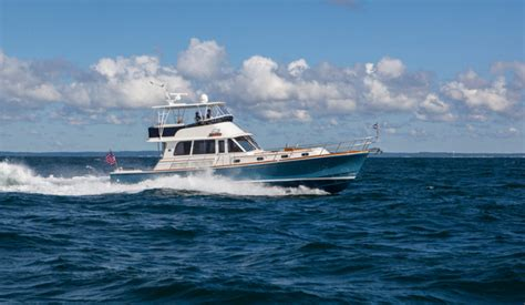 Banks Boats by Research 2015 Grand Banks 55 Eastbay Fb On Iboats