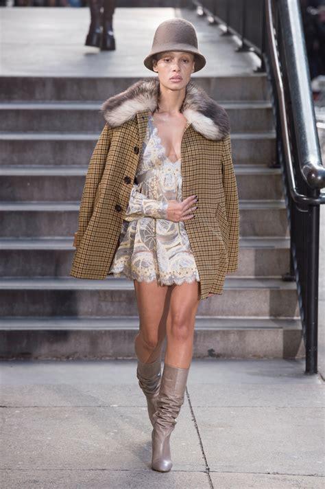 Cannes Heidi Klum Continues Tradition