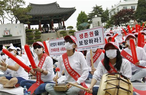 South Korea A Thriving Sex Industry In A Powerful Wealthy Super State