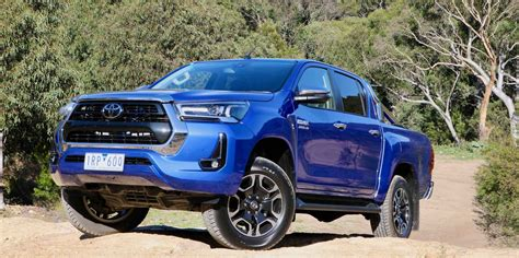 With a bold new look hilux stands out from the crowd. Unsealed 4X4 | Tested: Toyota HiLux SR5+ Double Cab