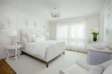 Fresh White Bedroom Decorating Ideas. Best