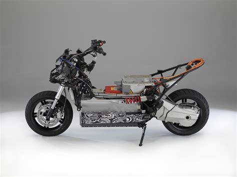 Bmw Unveils E-scooter Concept