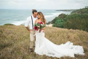 wedding pictures hawaii green wedding shoes weddings fashion lifestyle trave