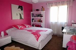 du rose dans une chambre de fille With photos de chambre de fille