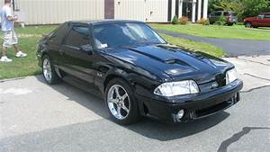 1993 Ford Mustang - Pictures