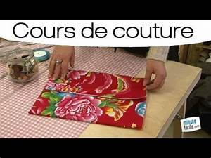 Porte Clé En Tissus A Faire Soi Meme : apprendre faire une pochette lingerie youtube ~ Melissatoandfro.com Idées de Décoration