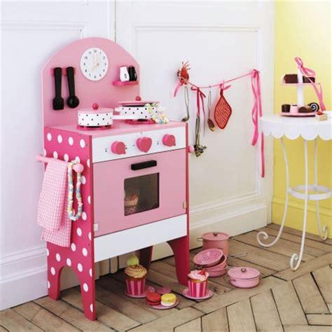 cuisine en bois pour fille jeux et jouets pour les filles à partir de 3 ans la