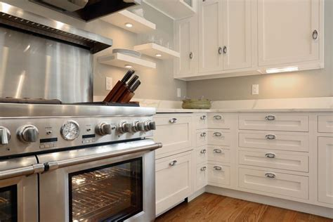 backsplash in the kitchen 40 best cape cod expansion ideas images on 4267