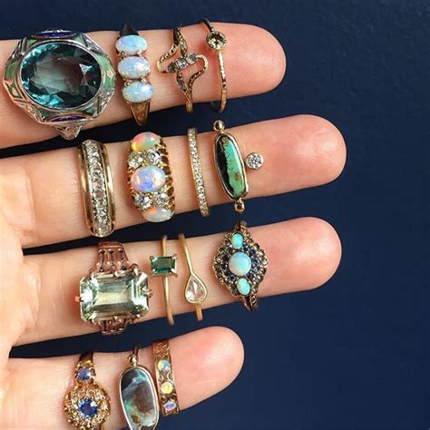 360 best shop vintage jewelry 25 best ideas about antique jewelry on