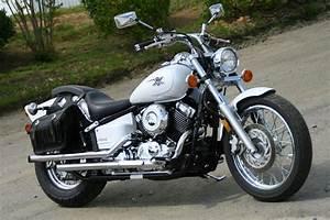 Yamaha V-star 650 Custom - 2003  2004