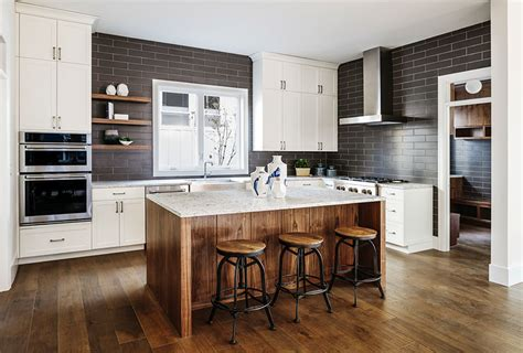 where can i get cheap kitchen cabinets gorgeous contrasting kitchen island ideas pictures 2177
