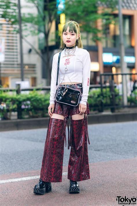 japanese street style  vampire fangs  mind  xu snakeskin cutout pants  harajuku
