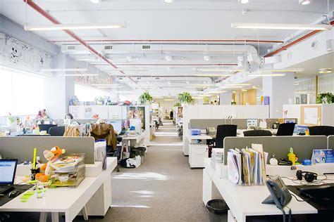 bureaux open space espaces de travail les 6 aménagements à adopter