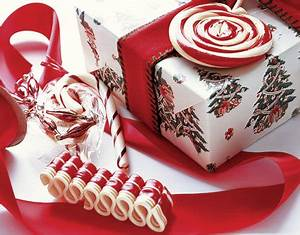 Five Creative Holiday Gift Wrap Ideas GiftsForYouNow