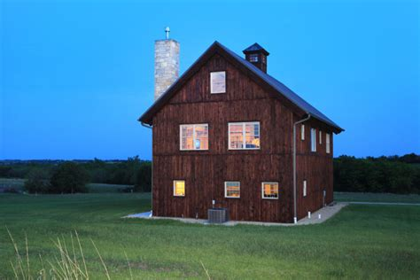 A Perfect Country Barn Home With 2 Stories Of Living Space