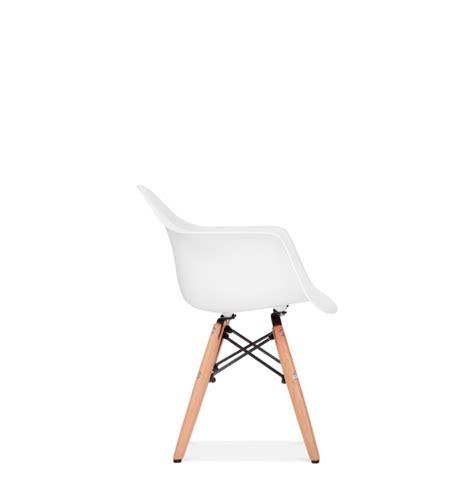 chaise enfant eames chaise enfant style daw eames secret design