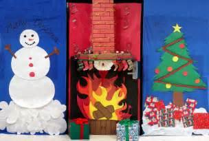 alert christmas door