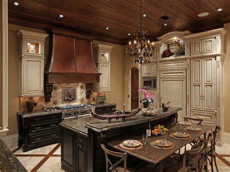 Luxury Mediterranean Kitchen Design Ideas