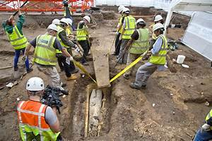 Coffin At Richard III Burial Site Contains Second Chamber ...