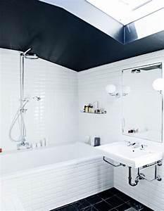 Carrelage Salle De Bain Blanc : salle de bain carrelage blanc et plafond noir ~ Melissatoandfro.com Idées de Décoration