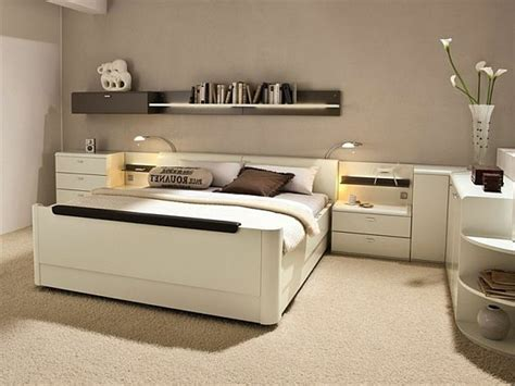 fauteuil de bureau bois la tête de lit avec rangement un gain d 39 espace déco
