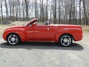 Buy Used 2005 Chevrolet Ssr Convertible 2