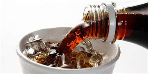 Hamil Muda Ingin Makan Terus Gambar 10 Contoh Efek Minum Soda Untuk Wanita Setelah