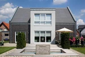 Moderne Häuser Mit Satteldach : moderne h user satteldach ~ Lizthompson.info Haus und Dekorationen