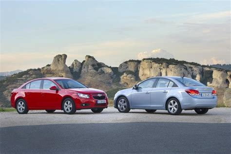 2010 Chevrolet Cruze Review  Top Speed